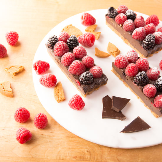 Holly-Cooks-chocolate-raspberry-and-blackberry-round-dish-overview-shot550